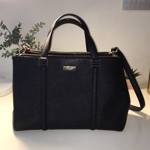 Genuine Kate Spade purse in excellent condition!